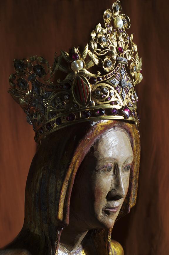 couronne de la Vierge de Font Romeu, Photo Noel Hautemanière.