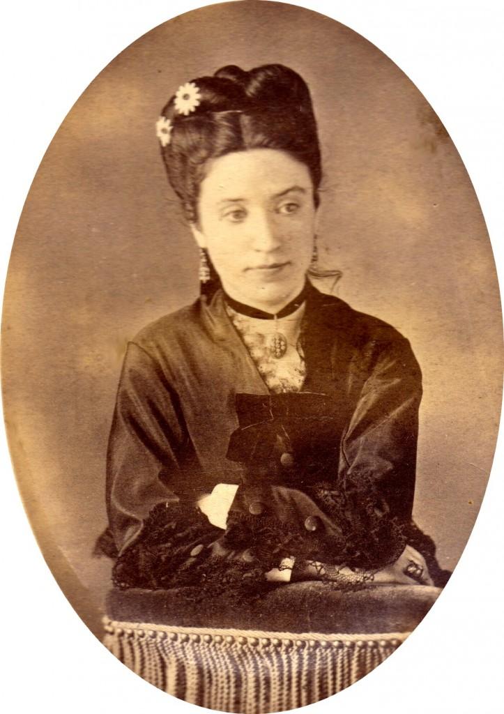 Mlle Pardineille, photo Berthomier, Perpignan? vers 1875