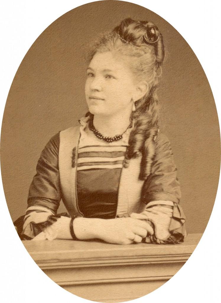 Portrait d'Irma Salamo photo Provost, Perpignan, vers 1875.