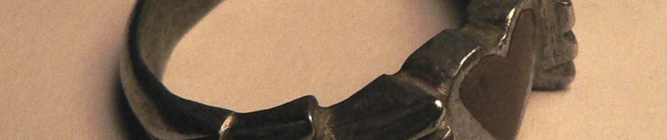 Bague de tranchée, aluminium et cuivre.