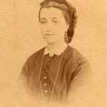 Portrait d'Anne Velzy, née Izarn, Perpignan, photo Scanagatti, vers 1865.