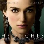 Bijoux en acier pour parure de l'actrice du film The Duchess