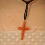 ebay portrait, la croix en corail en détail.