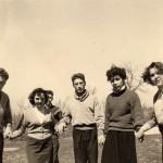 Mode du pull et du chandail, cercle des jeunes de Perpignan, vers 1950