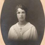 Portrait de Berthe Arnaud, photo Sereni, Perpignan, vers 1920.