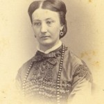 Portrait de femme , Perpignan, vers 1860