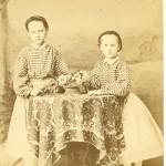 Portrait de deux fillettes, Perpignan, vers 1860