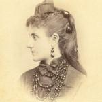 Portrait de femme , Perpignan, vers 1870