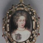 médaillon avec le portrait de la reine Eléonore madeleine, vers 1680. Pforzheim Schmuckmuseum.