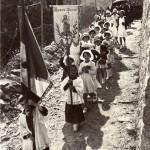 Roussillon Estagel procession à la Vierge de pâques vers 1950