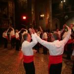 Moment fort, la danse du Contrepas de Prats de Mollo en l'honneur de st Eloi, dec 2010