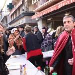 """instants de convivialité, la dégustation du Rivesaltes """"GRENAT"""" à la fin du bal catalan."""