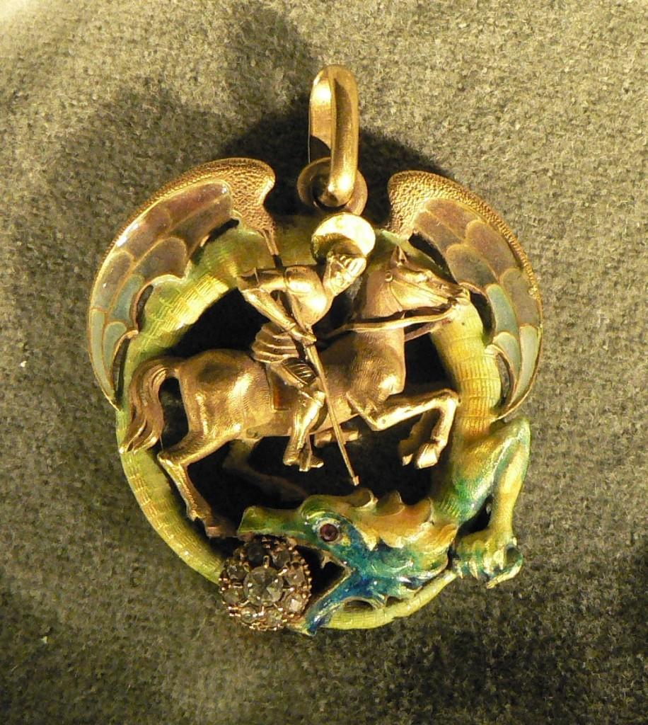 Bijou de Lluis Masriera, Barcelone, vers 1900: Saint Georges terrassant le dragon.