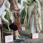 La mode parisienne adopte les indiennes...