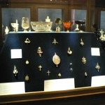 Salle des bijoux du musée d'Ecouen