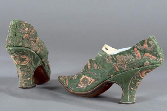 Chaussures de femme XVIIIe s.