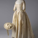 Robe et chapeau, vers 1780._Image_reproduced_by_kind_permission_of_the_Olive_Matthews_Collection_Chertsey_Museum._Photograph_by_John_Chase