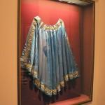 Cape de soie bleue de la Vierge de Perpignan, ICONE DE MODE LYON.