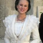 l'actuelle reine d'Arles, nouvellement élue.