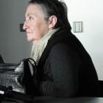 Janina Lukseniene, restauratrice au musée de Vilnius, Lithuanie.