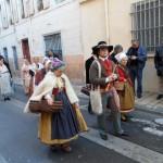 St Eloi 2011 à Perpignan, joueur de hautbois languedocien et paysanne des hauts cantons de l'Hérault