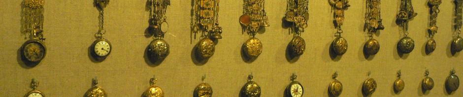 Collection de montres et de chatelaines