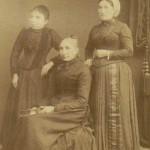 Portrait de femmes de la famille, madame Coste et sa fille Marie, Marie Rous-Sabater.