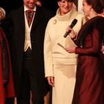 La Reine remercie Annie Galli et laurent Fonquernie de l'Institut pour avoir permis cette visite à Perpignan.