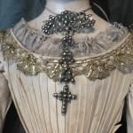 Croix en acier, XVIIIe s. collection particulière.