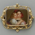 Broche avec médaillon émaillé, XIXe s., Boston museum.