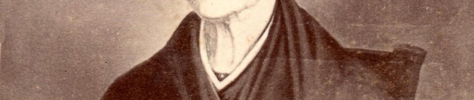 Roussillonnaise en coiffe et châle, vers 1820, document photographique vers 1860.