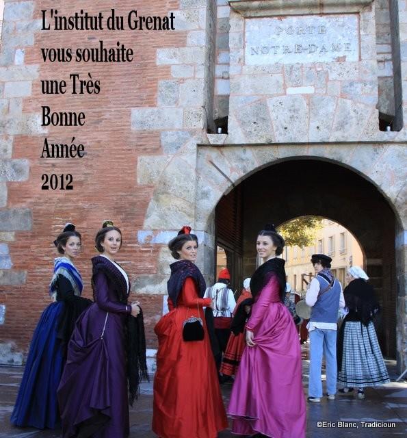 Saint Eloi 2011, Perpignan, la reine d'Arles et ses demoiselles d'honneur entrant dans la cité.