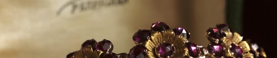 Bracelet en Grenat de Perpignan, dernières années du XIXe s. collection particulière, © N.Hautemanière.