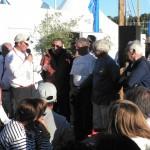 Les organisateurs du festival remettent les cadeaux