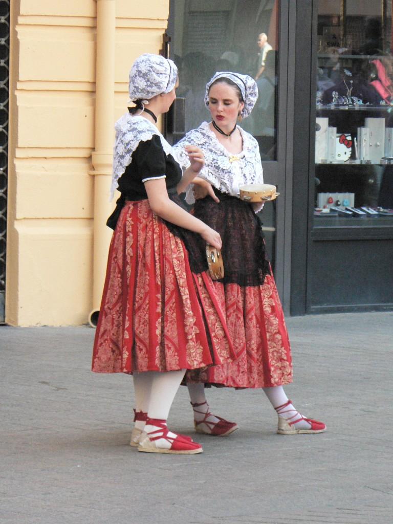 Costume roussillonnais