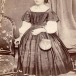 Jeune fille, P.Mateille photographe, Second-Empire.