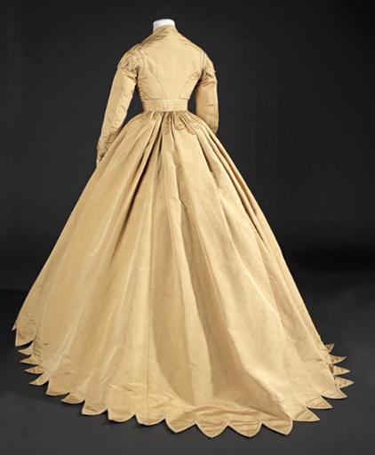 Ch. F. Worth, vestit, 1860-65, MTIB 88.096. Foto La Fotogràfica