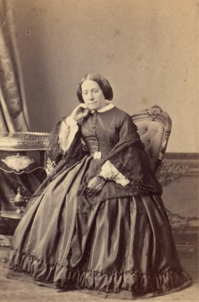 Mme Massot Delaya