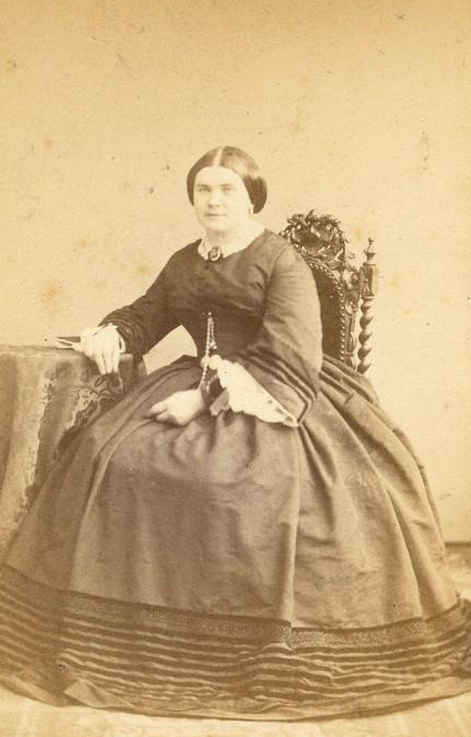 Mme Massot-Delaya