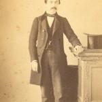Portrait d'homme en jaquette