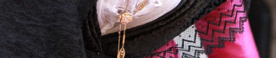 Les artisans bijoutiers en Grenat de Perpignan font revivre la fète traditionnelle de la Saint Eloi depuis trois ans.