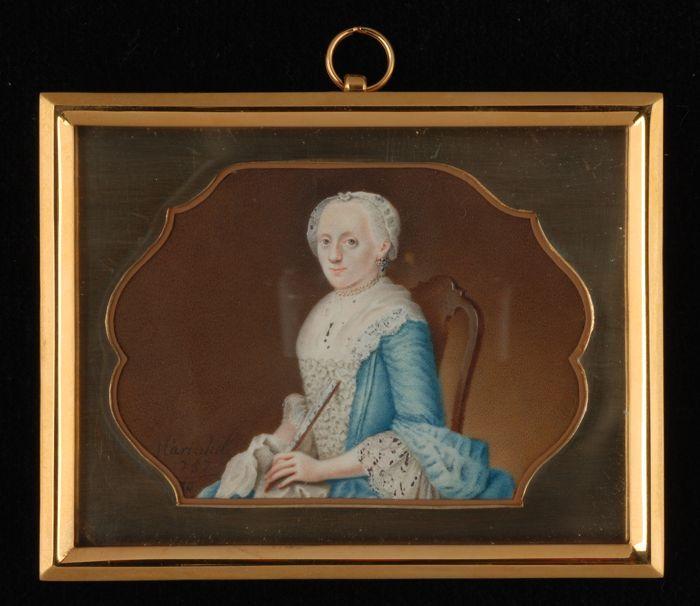 Costume de femme XVIIIe s.