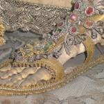 détail du pied de saint Gratien