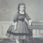 Jeune fille, Perpignan, photo Cabibel, vers 1865.