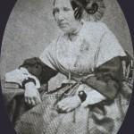 Arlesienne, vers 1860