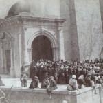 Parvis de la cathédrale de Perpignan