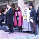 Le jury et l'une des gagnantes du Grenat d'or du costume