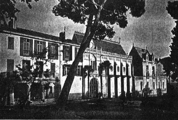 Le Mas Deu à Trouillas vers 1880.