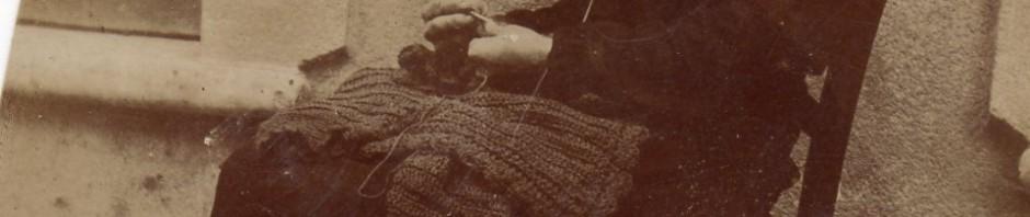 Catalane tricotant.