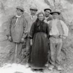 ouvriers d'une carrière, Roussillon, 1900.